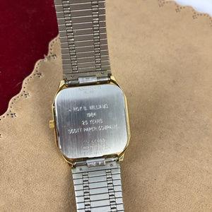 Bulova Accessories - VINTAGE Bulova ACCUTRON SWISS QUARTZ  Day Watch